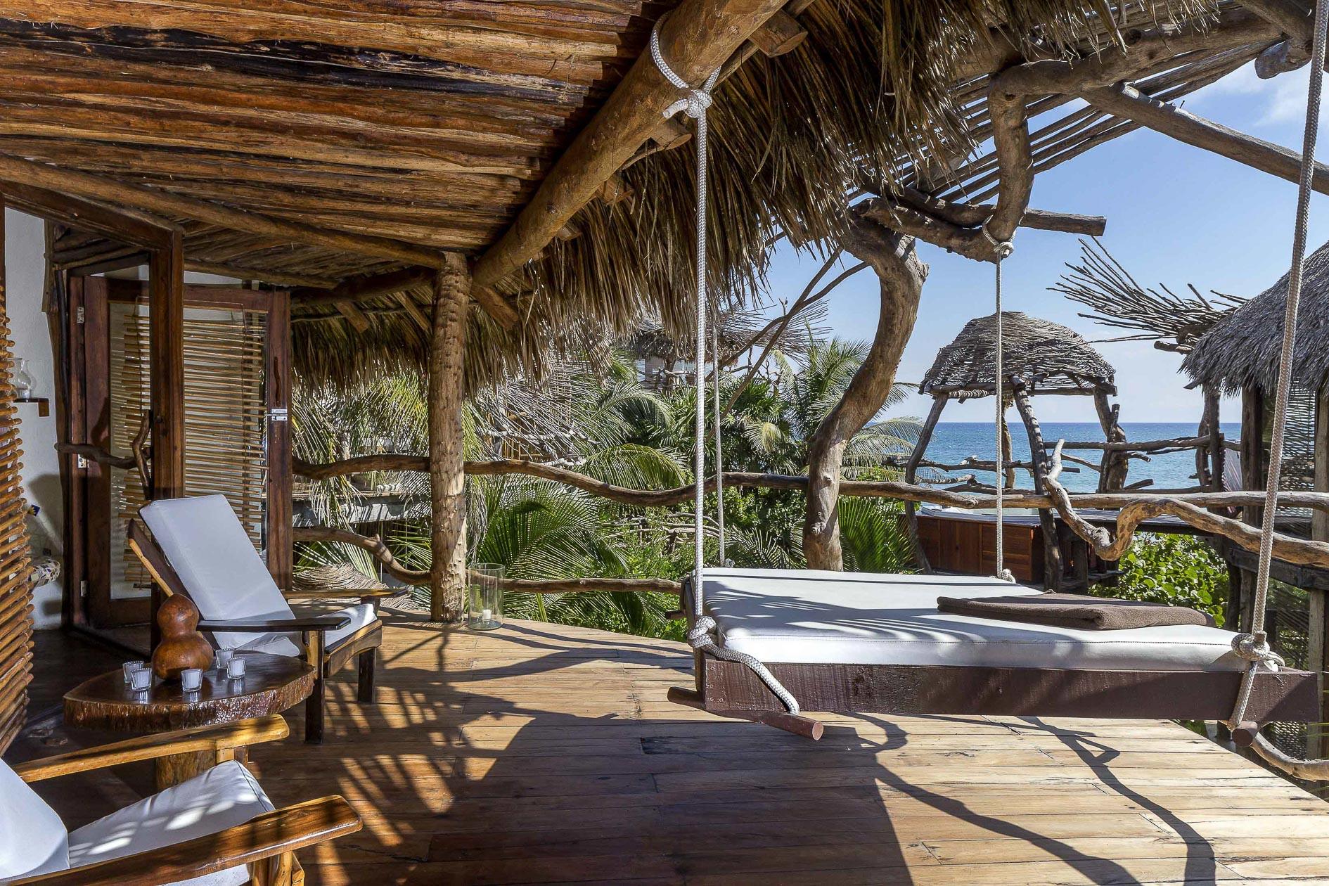 Mayan villa experience reconnection azulik villas for Villas tulum